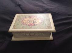 Caixa vintage - arte com decoupage,stencil e patina
