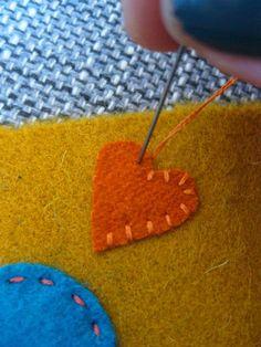 Beaded Embroidery, Embroidery Patterns, Felt Applique, Gold Work, Art Plastique, Felt Flowers, Textiles, Couture, Needlework