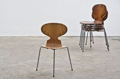 Ant Chair (Four Legs) Ant Chair (Three Leg)