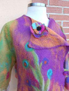 Chaqueta corta multicolor en fieltro nuno via Etsy