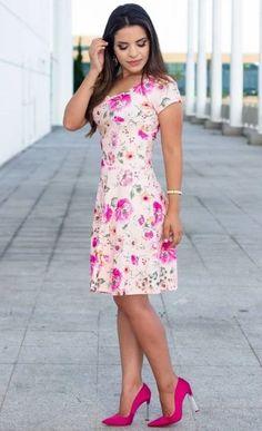 Cute, Pretty Dress!!