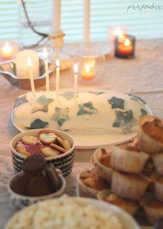 Birthdaycake and decorations
