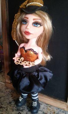 Ateliê Carla Tenório: Boneca de Biscuit