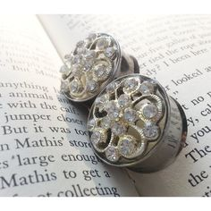 Rhinestone Plugs classic filigree and rhinestone gauges for gauged... ❤ liked on Polyvore featuring jewelry, rhinestone jewelry and filigree jewelry