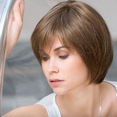 Fill In - Oberkopf-Haarteil aus der pure!power Collection von ellen wille. Ein Haarteil, welches unsichtbar einen vollen Scheitel zaubert und für einen selbstbewussten Auftritt sorgt.  Das Model trägt auf dem Bild das Haarteil in der Farbe chocolate/mix. Abgebildet im Monturbild ist die Farbe sandyblonde/rooted.  Monturgröße: 13x8 cm  Material: Echthaar + Lacefront Haarlänge: ca. 23 cm