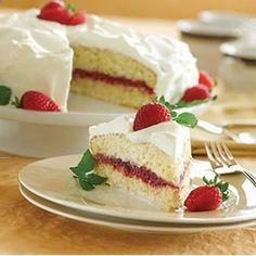Strawberry Tres Leches Cake from Pillsbury® Baking Bio Vegan, Cake Recipes, Dessert Recipes, Dessert Ideas, Tres Leches Cake, Savarin, Vegetarian Cake, Just Desserts, Awesome Desserts