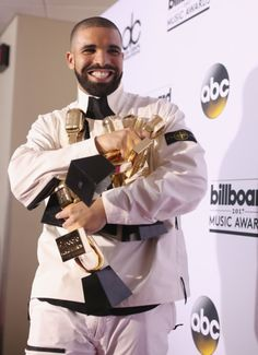 #BBMA 2017: Drake Breaks Record After He Claims 13 Awards | See Full List of Winners