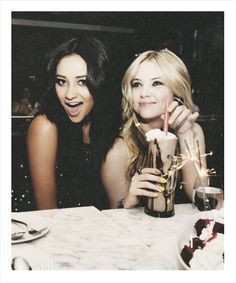 Shay Mitchell and Ashley Benson. pretty little liars Pretty Little Liars, Shay Mitchell, Pll Cast, Ashley Benson, Best Friend Goals, Girl Crushes, Girls Night Out, Famous Faces, Girlfriends
