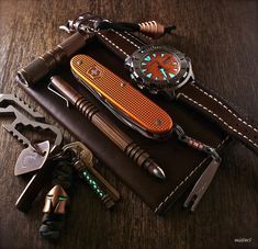 EDC ( EDC...Every Day Carry ) what every man should have a little bit of SOMETHING on their person !!