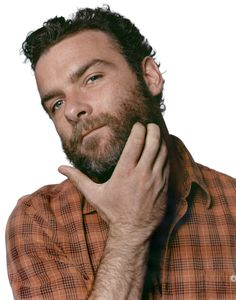 Photographer Taghi Naderzad shoots Hampshire College Alum Liev Schreiber