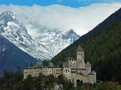 Castel Taufers - Il Castello di Tures, uno dei più belli e maestosi del Tirolo.