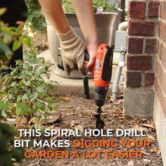 Garden Yard Ideas, Lawn And Garden, Garden Tools, Diy Garden Ideas On A Budget, Cool Garden Ideas, Diy Garden Projects, Cool Ideas, Easy Garden, Wood Projects