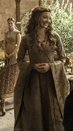 Game Of Thrones Outfits, Game Of Thrones Dress, Game Of Thrones Costumes, Emilia Clarke Last Christmas, Narnia, Elven Princess, Pleasing People, Margaery Tyrell, Natalie Dormer