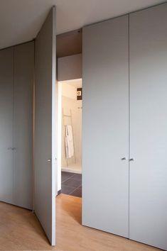Choosing The Right Wardrobe Doors Tips Bedroom Closet Design, Wardrobe Design, Room Interior Design, Bathroom Interior, Bedroom Wardrobe, Wardrobe Closet, Wardrobe Doors, Bedroom Cupboards, Door Design