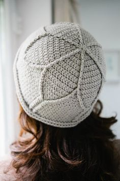 Canmore Cloche by Shirely Macdonald, Inside Crochet issue 49 | Inside Crochet (no pattern) #TunisianCrochetPatterns
