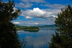 Lake Romota, Bay of