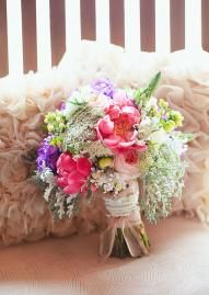 Such a lovely bouquet #wedding #bouquet #pink #purple