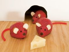 Strawberry mice for a fruit and cheese tray! Fun, wonderful and healthy snack!