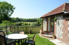 Brooke's Cottage | Sleeps 2 |  Jevington, nr Eastbourne, East Sussex