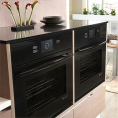 "Jenn-Air® 30"" Single Wall Oven with V2 Vertical Dual-Fan Convection System from Jenn-Air  http://www.homeportfolio.com/contest/your-perfect-kitchen-questionnaire"
