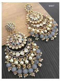 Indian Bridal Jewelry Sets, Indian Jewelry Earrings, Jewelry Design Earrings, Ear Jewelry, Diy Indian Jewelry, Jewelry Making, Pearl Earrings, Pakistani Jewelry, Fancy Earrings