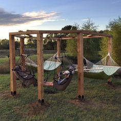 Garten Project Plans: Inviting Outdoor Seating – Patio Tables to Hammocks Separating The Good Weeds Backyard Patio Designs, Backyard Projects, Outdoor Projects, Backyard Landscaping, Patio Ideas, Firepit Ideas, Diy Projects, Backyard Hammock, Diy Hammock