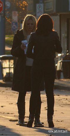 Jennifer & Lana on set - April 1, 2015