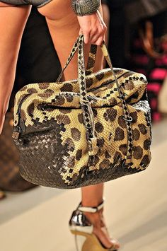 Bottega Veneta - but, I would need to over the cheeks