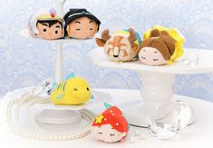A special Japan 2018 Princess Tsum Tsum box set released in select Disney Stores in Japan this morning. The box set features three Disney princesses and Disney Fan, Walt Disney, Disney Belle, Disney Princess, Toys For Girls, Kids Toys, Disney Cupcakes, Belle And Beast, Tsumtsum
