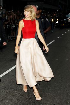 Taylor Swift attends 'The Giver' premiere at Ziegfeld Theater on August 11, 2014 in New York City.