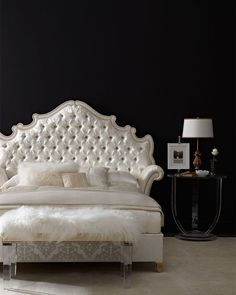 Opulent tufted bed from Horchow - Decoist
