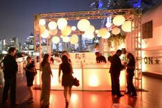 Showtime hosted the second-season premiere of its drama series Homeland aboard the Intrepid Sea, Air & Space Museum in New York in September. Glowing lanterns made the central outdoor bar easy to spot from afar.