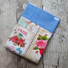 Zbytkový balíček dekoračních látek Růže Paris | BavlnenySen.cz Pot Holders, Paris, Scrappy Quilts, Montmartre Paris, Hot Pads, Potholders, Paris France