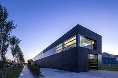 Gallery of Faber Headquarters / GEZA - 6