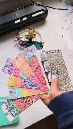 Bookmarks Diy Kids, Creative Bookmarks, Beaded Bookmarks, Cross Stitch Bookmarks, Crochet Bookmarks, Paper Art Design, Watercolor Art Lessons, Watercolor Bookmarks, Mandala Art Lesson