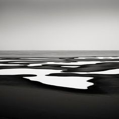 Six Hundred and Sixty Six - Lake Michigan, Chicago, USA, 2008  josef hoflehner