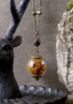 Rust moss necklace, Ochre moss pendant, Reindeer moss jewelry, Terrarium necklace, Woodland necklace, Nature jewelry, Glass vial pendant