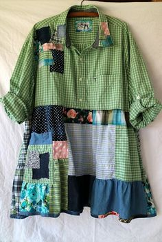 Redo Clothes, Clothes Crafts, Sewing Clothes, Ropa Shabby Chic, Altered Couture, Creation Couture, Shirt Refashion, Altering Clothes, Boho Dress