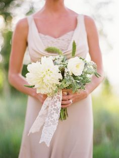 Deer Valley Wedding from Honey of a Thousand Flowers + Leo Patrone Trendy Wedding, Floral Wedding, Perfect Wedding, Dream Wedding, Taupe Bridesmaid Dresses, Wedding Dresses, Bridesmaids, Wedding Notes, Outdoor Wedding Photography