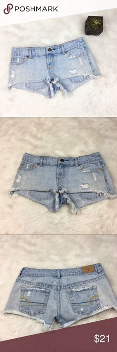 American Eagle Distressed Cut Off Shorts American Eagle distressed cut off shorts. Size 2 with 2' inseam. GUC with no major flaws and basic wear. ❌No trades ❌ Modeling ❌No PayPal or off Posh transactions ❤️ I 💕Bundles ❤️Reasonable Offers PLEASE ❤️ American Eagle Outfitters Shorts Jean Shorts