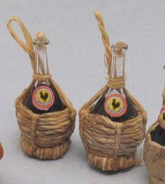 "Flask of red wine "" Chianti ""-Artisan Handmade Miniature in 12th scale. From CosediunaltroMondo    $23.99"