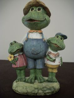 Figurine, Frogs and Family , Teahcers Gifts, Gift for Mom, The Frog Lover
