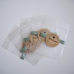 These cute little transparent polka dot cellophane favour bags are perfect for parties and weddings Ideal for putting jewellery in Bakery Packaging, Cookie Packaging, Bag Packaging, Biscuit Wedding Favours, Wedding Cookies, Paper Gift Bags, Paper Gifts, Cellophane Gift Bags, Cookie Gifts