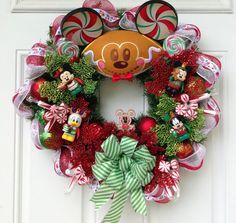 Christmas Wreath Disney Vinylmation Jingle by SparkleForYourCastle