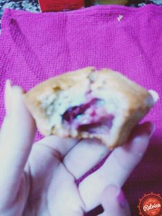 Muffins Sanos de cereza y plátano mmm :)))! Healthy Muffins Cherry and banana mmm :)))!