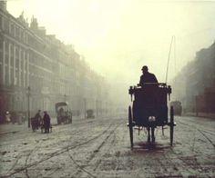Alvin Langdon Coburn - Portland Place, London, 1906, gelatin silver print