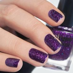 shiny glitter nail art trends 2018