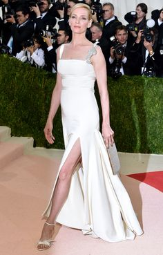 Met Gala 2016: Every Gorgeous Look on the Manus x Machina Red Carpet | People - Uma Thurman in Tommy Hilfiger