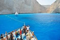 On the Greek island of Zakynthos is one of the most beautiful beaches in the world.This bay is difficult to access, you can get to it only on the ship.Moving from the island's capital to the beach, takes about half an hour. This paradise is called Navagio beach (Navagio), which t...