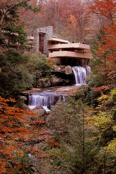 the achievement of american architect frank lioyd wright Enjoy the best frank lloyd wright quotes at brainyquote quotations by frank lloyd wright, american architect, born june 8, 1867 share with your friends.